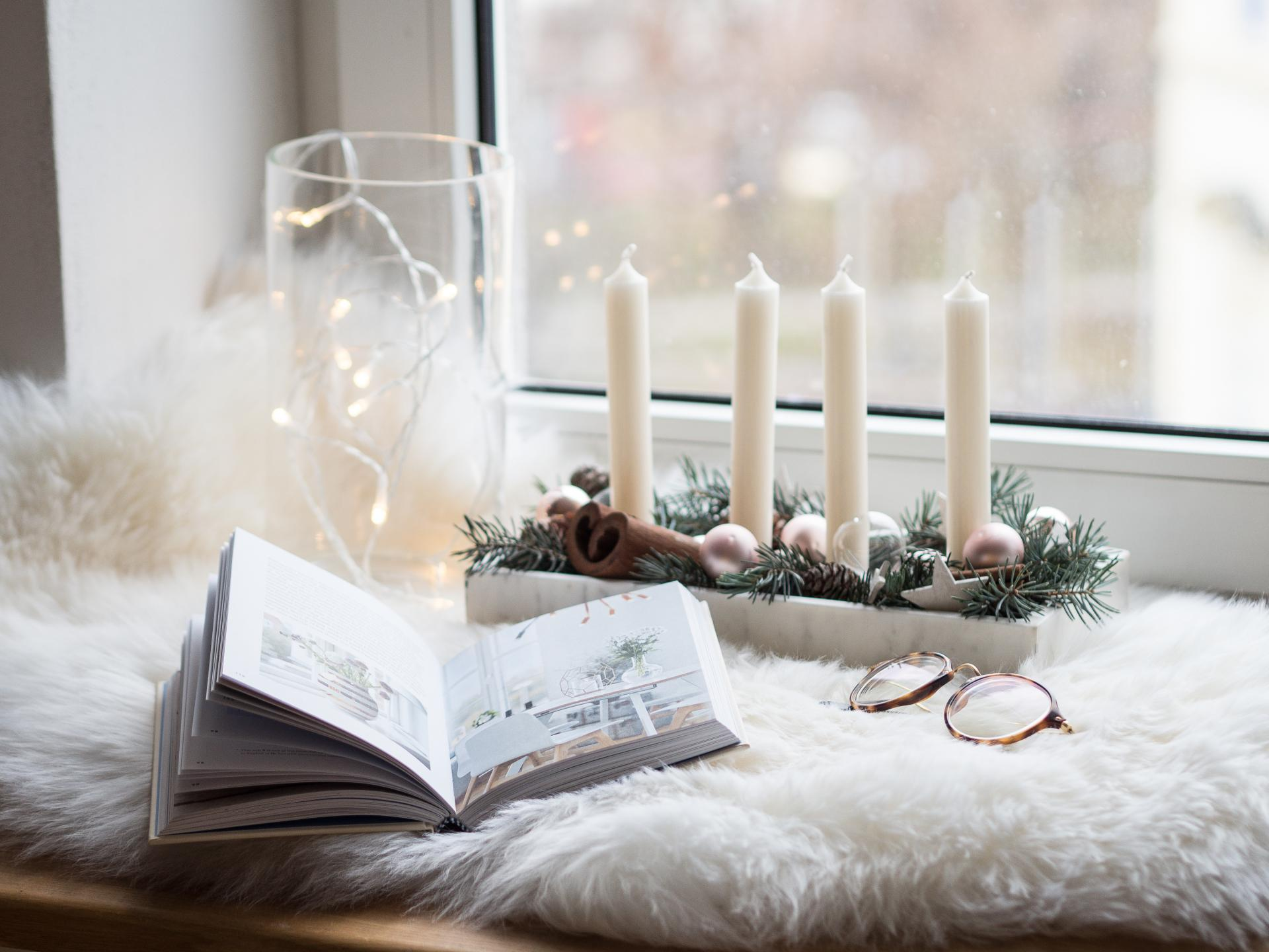 5 EASY WAYS TO MAKE YOUR HOME COZY
